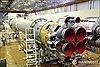 Trực diện công đoạn sản xuất tên lửa vũ trụ Nga