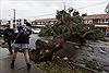 Bão lớn tràn vào Australia