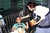 Sau nghi án tình cảm, Kavie Trần lại sánh vai Đoàn Thanh Tài đi từ thiện