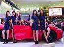 Chân dài khoe sắc cùng siêu xe tại triển lãm ô tô quốc tế 2015