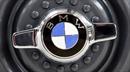 """Cuỗm BMW 550i, tên trộm bị """"giam cứng"""" trong xe"""