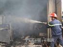 Hỏa hoạn thiêu rụi xưởng sơ chế nguyên liệu giấy tại Bắc Ninh