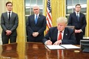 Vừa nhậm chức, ông Trump thay hết rèm, ghế Phòng Bầu dục