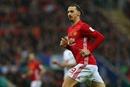 Manchester United 'chịu chơi' trả phí làm visa cho CĐV sang Nga