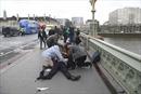 Kinh hoàng hiện trường vụ tấn công bên ngoài tòa nhà Quốc hội Anh