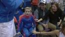 'Người hùng nhí' cứu bóng rổ ngoạn mục nhất trong lịch sử