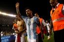 Messi lập công, Argentina rộng cửa dự World Cup 2018