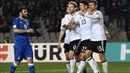 Đức và Anh vượt qua đối thủ yếu, Ba Lan thắng ẩn số Montenegro để giữ vị trí nhất bảng