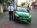 Cảm động tài xế taxi đâm xe hạ gục cướp dùng tiền thưởng mua xe đạp điện cho con gái
