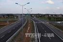 Có được tháo dỡ rào chắn quốc lộ?