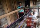 Nỗ lực giữ nghề dệt thổ cẩm của đồng bào dân tộc Lào