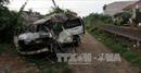 Phú Yên: Tàu hỏa đâm trực diện, đẩy xe 16 chỗ trượt 200m trên đường sắt
