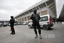 Bắt kẻ định quật ngã cảnh sát, khủng bố sân bay Tunisia