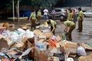 Lợi dụng loại hình hàng hóa chuyển cửa khẩu để buôn lậu