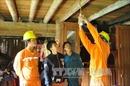 Điện đã về với xã nghèo biên giới Tung Chung Phố