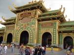 Đền thờ dát vàng Đại Nam mở cửa miễn phí