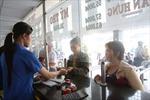 Hỗ trợ trên 3.500 công nhân đón Tết xa quê