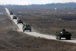 Ukraine tiếp tục chiến dịch, miền Đông quyết trưng cầu dân ý
