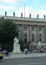 Sinh viên Đức đổ xô vào đại học tư