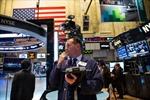 Dow Jones và S&P 500 lại lập kỷ lục