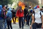 Venezuela bắt 80 sinh viên biểu tình bạo lực