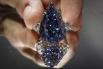 Viên kim cương xanh lớn nhất thế giới bán được gần 24 triệu USD