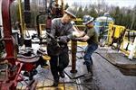 Sản lượng dầu thô Mỹ đạt kỷ lục trong 28 năm