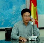 Bộ trưởng Ngoại giao Phạm Bình Minh điện đàm với Bộ trưởng Ngoại giao Trung Quốc