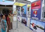 Triển lãm ảnh và tư liệu 'Hoàng Sa, Trường Sa - Biển đảo của Việt Nam'