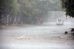 Bắc Bộ tiếp tục mưa dông, Nam Bộ nắng nóng