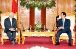 Thủ tướng Nguyễn Tấn Dũng tiếp Thượng nghị sỹ Hoa Kỳ