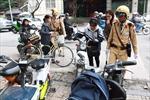 Hà Nội: Người dân vẫn lúng túng khi đăng ký xe máy điện