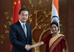 Ngoại trưởng Trung Quốc hội đàm với người đồng cấp Ấn Độ