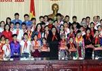 Phó Chủ tịch Quốc hội Tòng Thị Phóng tiếp đại biểu cháu ngoan Bác Hồ