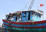 Tàu Trung Quốc tiếp tục vây ép tàu cá Việt Nam
