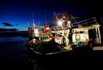 Tiếp nhận 4 tỷ đồng ủng hộ ngư dân vươn khơi bám biển