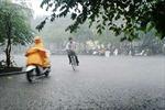 Áp thấp nhiệt đới có thể mạnh thêm, Hà Nội mưa dông