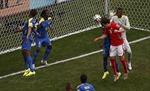 Thụy Sĩ gặp hên mỗi khi thi đấu tại Brazil