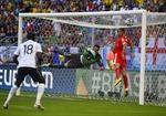 Thụy Sĩ-Pháp: Mưa bàn thắng