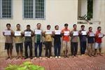 Bắt 11 kẻ trộm trên xà lan Malaysia