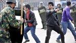 Cảnh sát Trung Quốc sẽ được trang bị súng