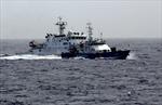 34 tàu cá vỏ sắt Trung Quốc ép hướng tàu cá Việt Nam
