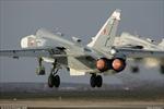 Xem Su-24 phóng tên lửa tiêu diệt mục tiêu