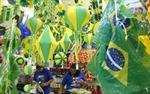 Giới bán lẻ Brazil cười tươi đếm tiền nhờ World Cup