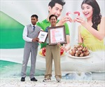 Thưởng thức bàn tiệc hải sản dài nhất Châu Á