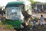 Xe khách Mai Linh đối đầu xe tải, 9 người thương vong