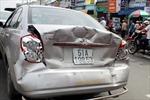 Đâm liên hoàn, 4 ô tô hư hỏng nặng