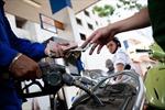 Đề nghị giữ nguyên giá xăng, tăng sử dụng quỹ bình ổn