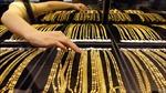 Vàng rớt giá gần 2% trong tuần