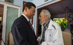 Lãnh tụ Cuba Fidel Castro tiếp Chủ tịch Trung Quốc